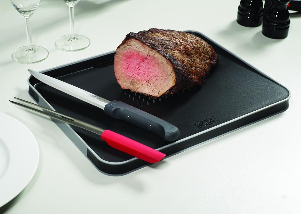 Набор для разделывания мяса из доски и ножей
